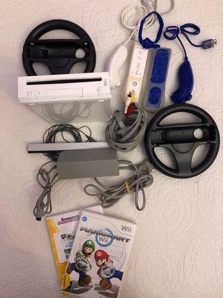Nintendo Wii + 2 mandos + 2 nunchuck + 2 volantes