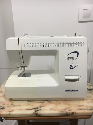 Máquina de coser portátil Wertheim