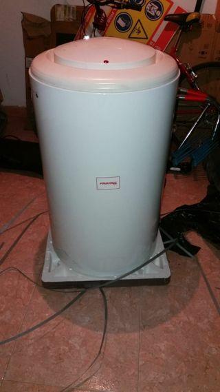 Termo acumulador eléctrico.