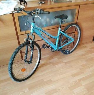 Bicicleta de 26'' buen estado.