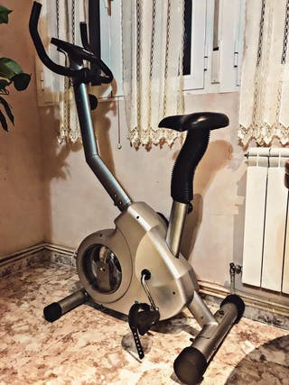 Bicicleta estática Salter Fitness