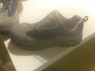 zapato/bota de seguriad nuevo