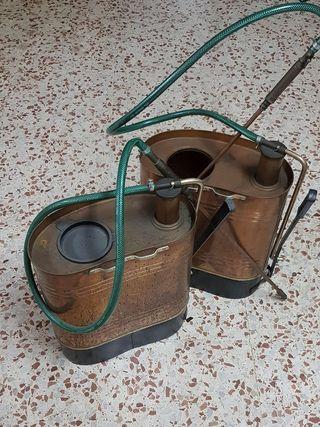 Fumigadora /sulfatadora antigua de cobre.