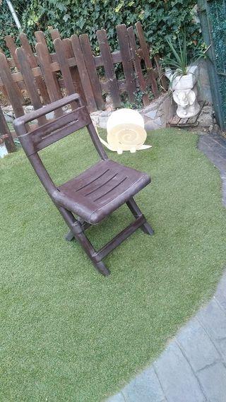 silla plástico plegable marrón
