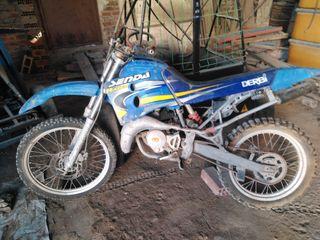 Moto Dervi Senda