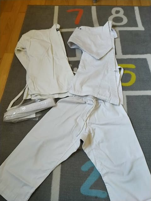 traje karate decathlon