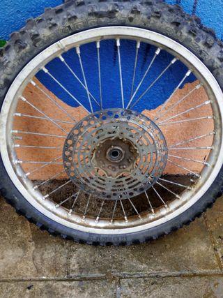 llanta suzuki rm 125cc
