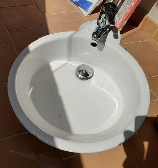 Lavabo diseño +grifo