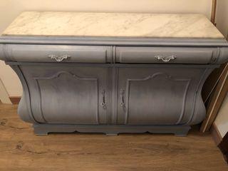 Mueble recibidor nuevo. Recién restaurado