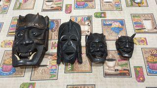 antiguas máscaras demoniacas