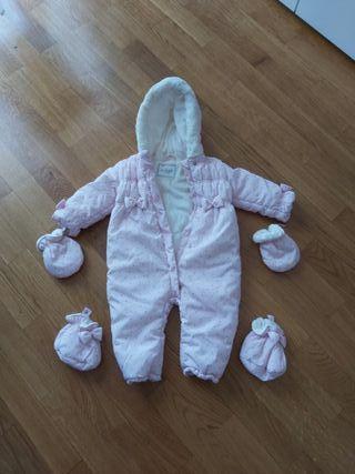 mono de bebé marca Dulces 6 a 12 meses