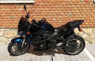 Se vende Kawasaki Z750