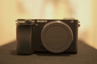 Sony a6300 cámara mirrorles aps-c 4K