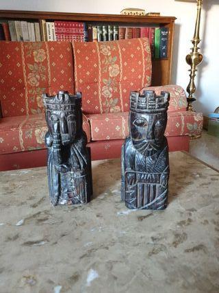 reyes tallados madera