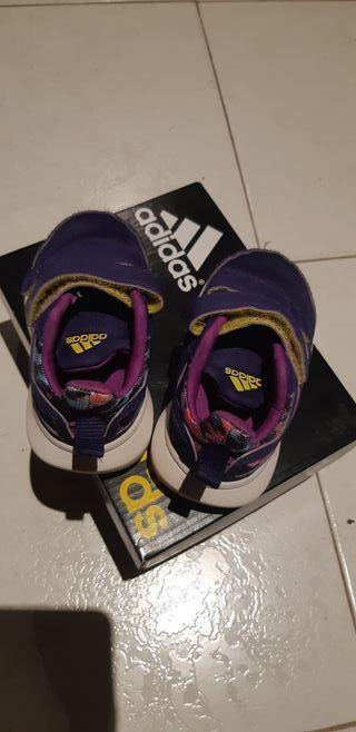 Zapatillas Adidas num. 20