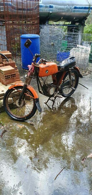 se vende moto .1936