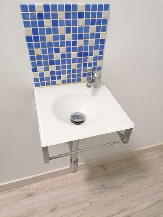 lavabo suspendido de cristal