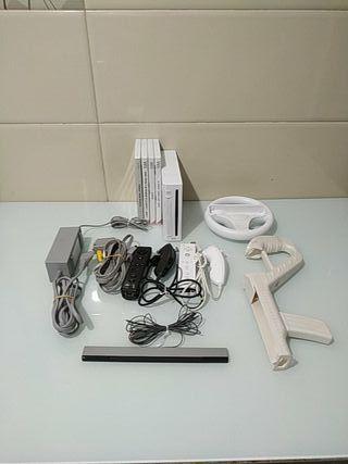 Nintendo Wii + 4 Juegos + 2 mandos + accesorios
