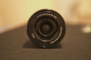 Objetivo Sony 16-50mm OSS