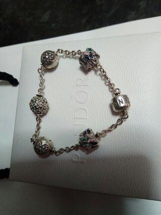 pulsera Pandora, lee descripción