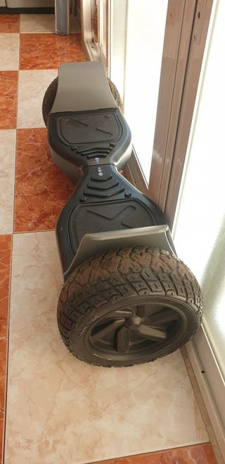 """Hoverboard Hummer 8.5"""",bluetooth"""