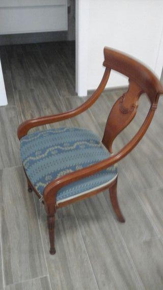 4 sillas clásicas madera de calidad