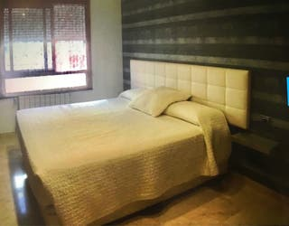 Cabecero cama acolchado polipiel capitoné