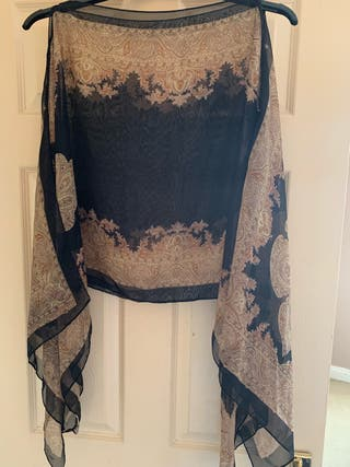 Ladies scarf/top one size