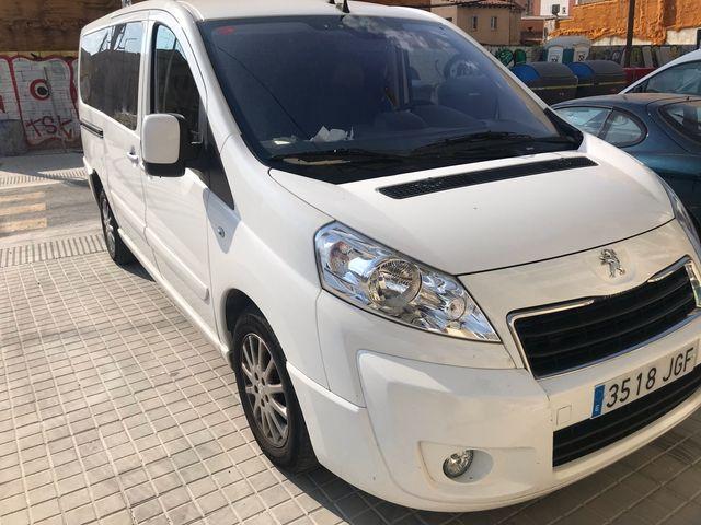 Peugeot Expert 2015 8 plazas todo hecho