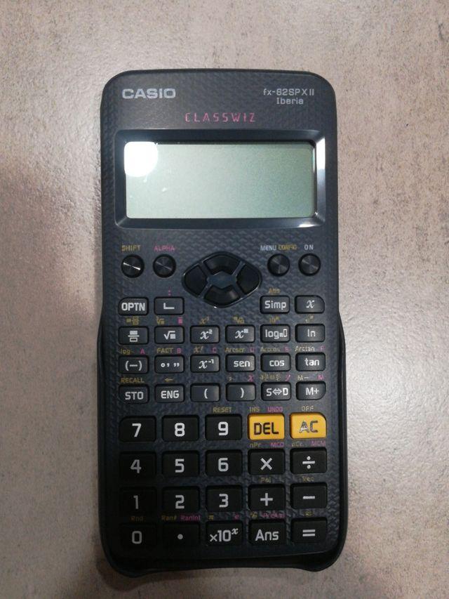 Calculadora CASIO fx-82SP X II Iberia