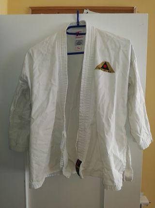 Vendo chaqueta kimono karate.