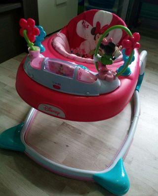 Taca taca andador de Disney Minnie Mouse