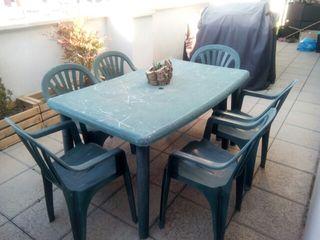 Mesa de jardín + sillas