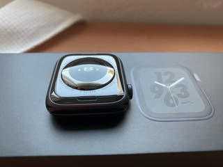 Apple Watch series 4 44 mm GPS+CELULAR