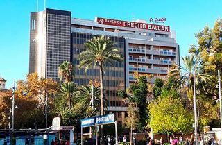 Oficina Junto Plaza España de Palma