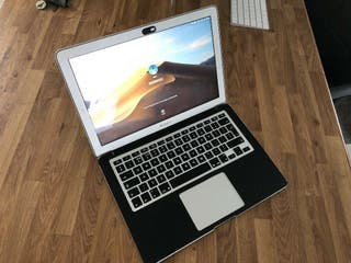 MacBook Air - i7 - 8GB Ram - 128GB SSD