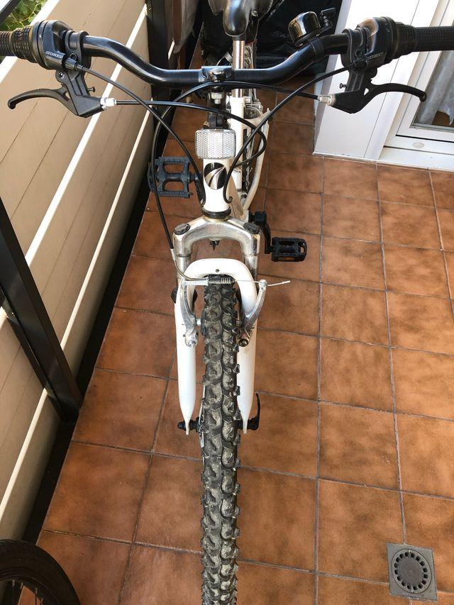 """Bicicleta montaña 24"""""""