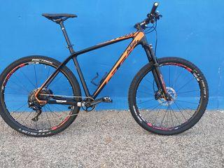 Bicicleta KTM carbono XL