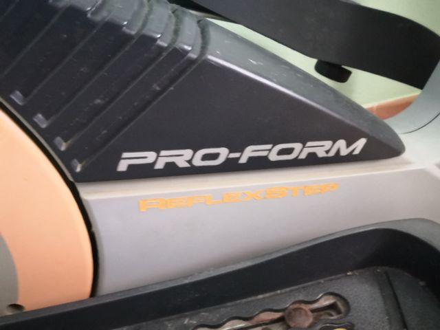 Elíptica proform reflex step