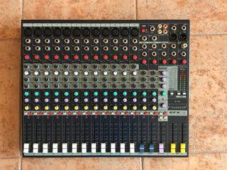 Mesa de Mezcla SoundCraft EFX12.