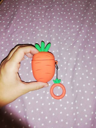 Funda zanahoria para airpods