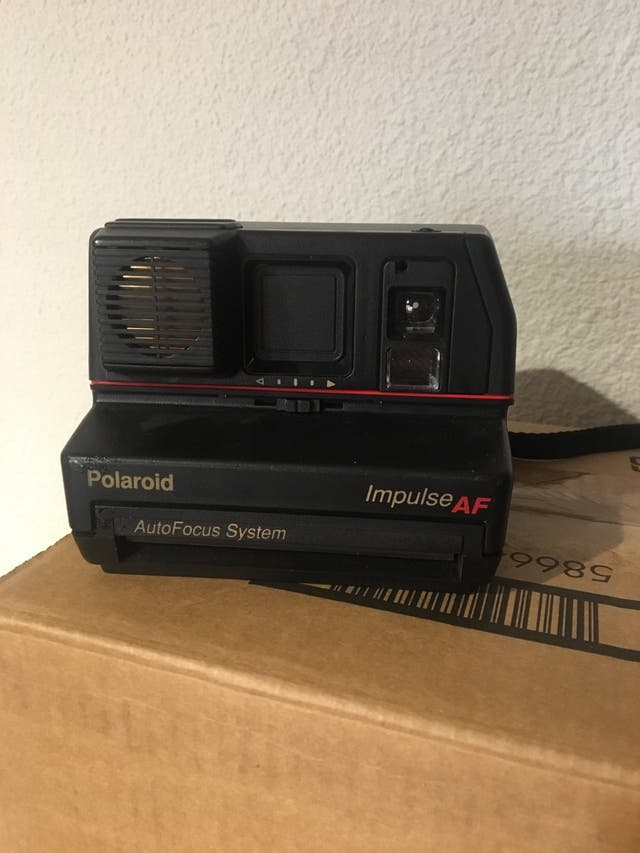 Camara Polaroid IMPULSE AF