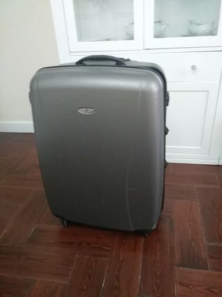 Oportunidad!!maleta casi nueva