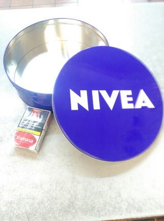 Lata NIVEA....