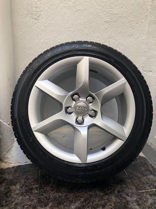 "Llantas Audi A5 17"" con DOS JUEGOS de neumáticos."