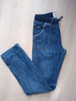 código promocional dab21 678c7 Pantalones SFERA vaqueros NIÑO 12 14 años de segunda mano ...