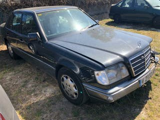 Mercedes-Benz 300E multivalvulas 1993