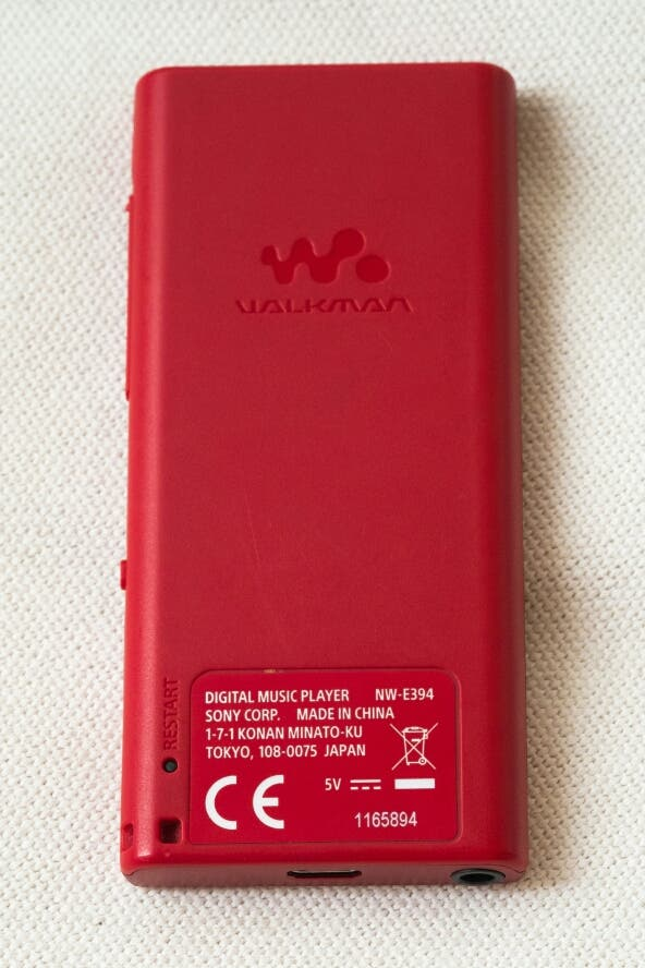 SONY reproductor 8Gb mp3 mp4 NWE393B