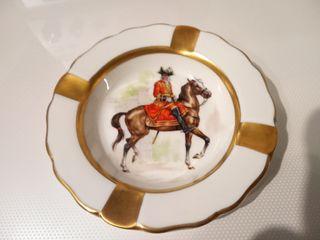 Cenicero porcelana francesa de Limoges