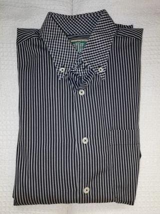 Camisa a rayas negra